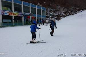 玉泉威虎山滑雪一日游-去玉泉滑雪场怎么坐车-玉泉哪里滑雪好
