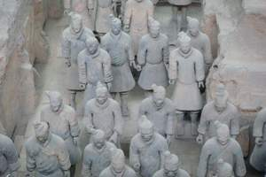 青岛到西安双动五日游|兵马俑、华清池、明城墙、华山、大雁塔