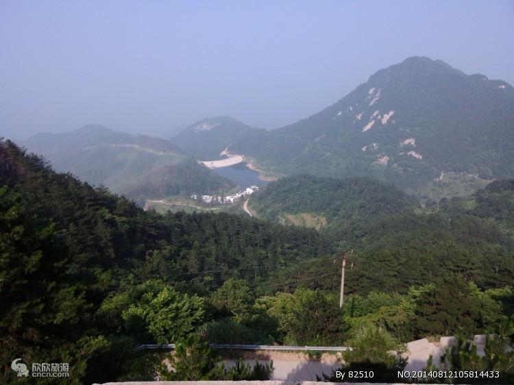 湖北麻城龟峰山