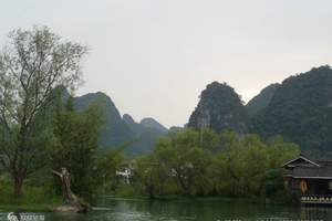 长沙至桂林阳朔全程漓江、三山一洞一公园双程高铁纯玩二晚三日游