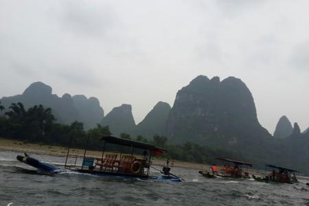 漓江精华竹筏+大船靖江王城刘三姐景观园遇龙河银子岩世外三日游