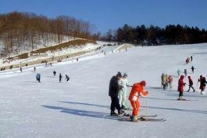 平山神鹿滑雪门票团购_平山滑雪门票价格_平山滑雪场