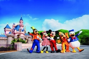 深圳到香港观光蜡像馆、迪士尼两天周未游_港澳游哪个旅行社好?