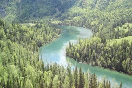 濟南到新疆、甘肅旅游-吐魯番-天池-嘉峪關-張掖旅游雙飛8天