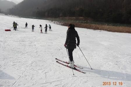 洛陽出發到神靈寨滑雪一日游 洛陽周邊滑雪場推薦