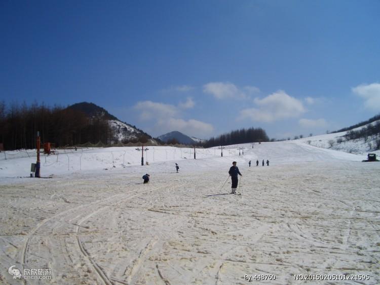 神农架滑雪2日跟团游(中和国际滑雪场 纯玩无购物)