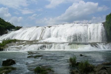 贵州旅游线路推荐-贵州黄果树瀑布、西江千户苗寨动车四日纯玩游