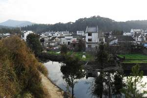 武汉出发到东石笋赏红叶、寻游高考梦工厂、三河古镇纯玩2日游