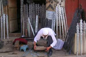[乌鲁木齐到喀什双飞2日游]喀什沙漠、大巴扎老城区、清真寺
