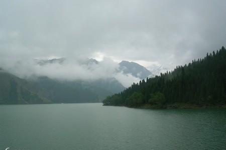 桂林到新疆旅游 喀纳斯、吐鲁番、天池双飞往返8日游 半自助游