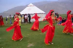 2018年乌鲁木齐到帕米卡拉库里湖、喀什民俗风情双卧4日游