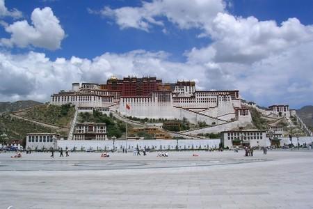 烏魯木齊到西藏、無人區、昆侖山口、納木錯、拉薩、林芝10日游