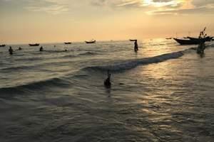 北海涠洲岛潜水基地|涠洲岛滴水丹屏潜水|涠洲岛船潜
