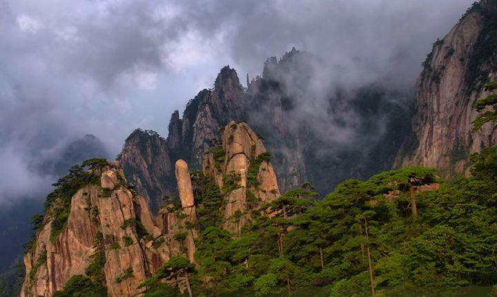 黄山二日游线路安排_旅游团购价_住山顶游西海大峡谷 后山上