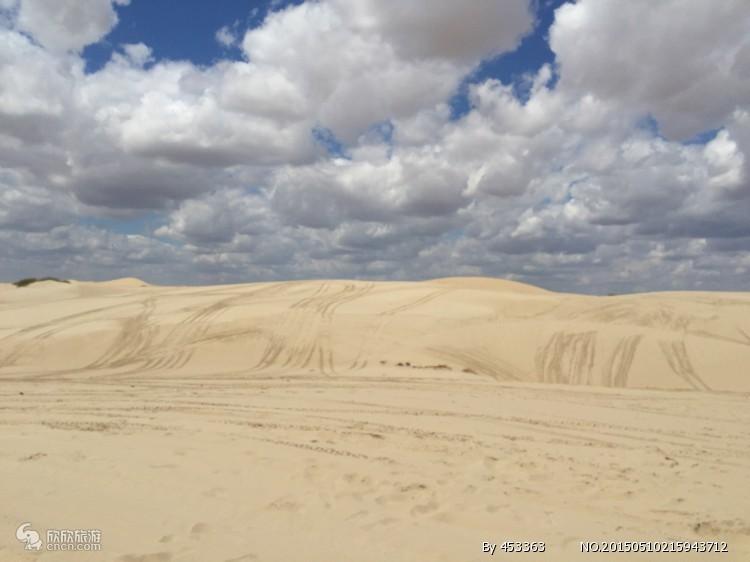 内蒙古库伦沙漠银沙湾景区是东北地区最大的沙漠带,横贯库伦旗全境