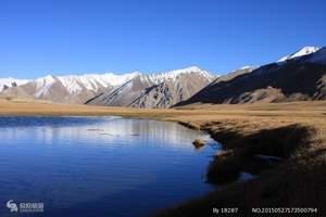 喀什民俗风情、卡拉库力湖、达瓦昆沙漠三日游