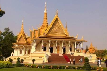 南宁到柬埔寨双飞六天五晚游(0自费、一价全含)