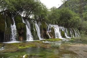 重庆·洪崖洞·天坑三桥·龙水峡地缝·仙女山森林公园双卧6日游