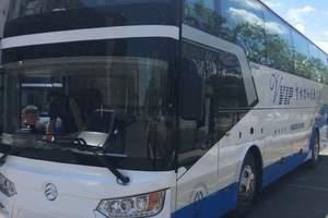 33-座金旅旅游车