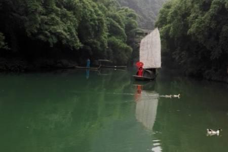 宜昌三峡人家豪华游船一日游  过葛洲坝船闸,游三峡人家