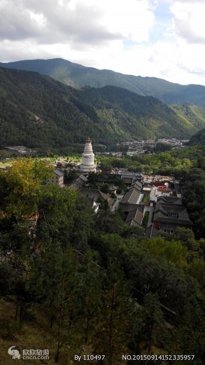 太原出发到佛教圣地五台山二日游含显通寺