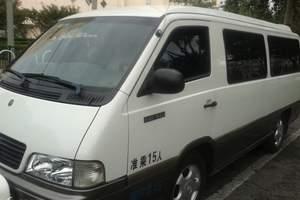 乌鲁木齐旅游包车-12座奔驰MB100对外租赁