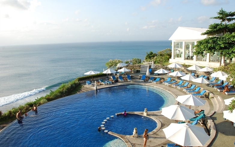 青岛去巴厘岛蜜月旅游-加勒比狂欢、乌鲁瓦图、金巴兰海滩8日游