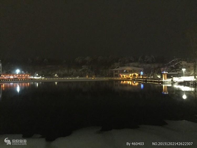 长白山王朝圣地酒店温泉二日游,冬天泡长白山温泉的好处。