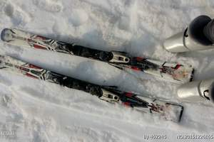 天津到玉龙湾滑雪场旅游团、唐山玉龙湾滑雪场一日游、最大的雪场