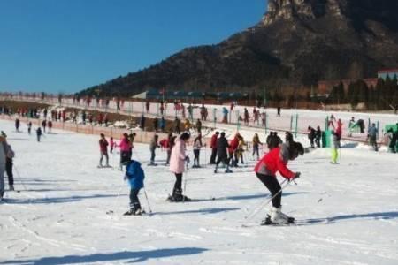丹东冬季游_丹东滑雪旅游_丹东到天桥沟滑雪一日游