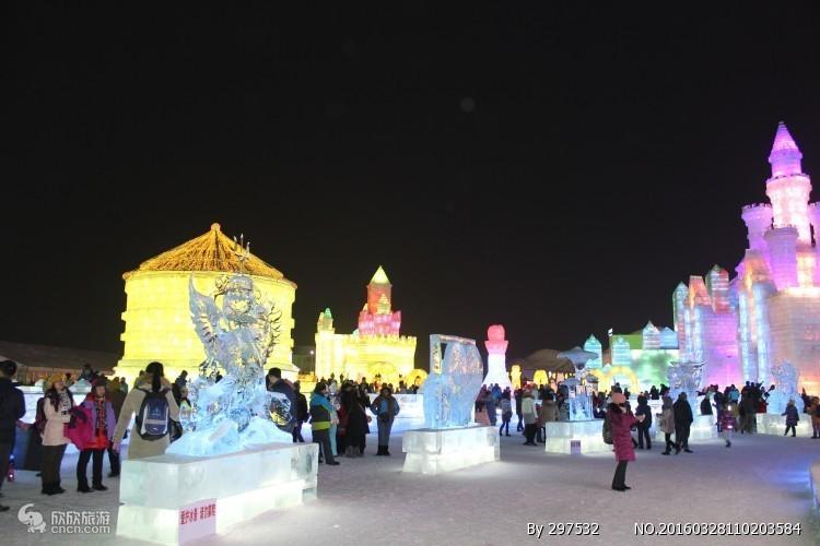 哈尔滨冰雪大世界、冰雪欢乐岛、中国雪乡、半自助双卧5日游