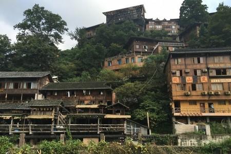 长春去贵州旅游团报价_长春到贵州黄果树瀑布、苗寨双飞6日游