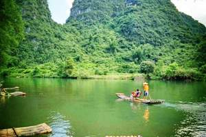 8月国内哪里凉快-桂林漓江阳朔冠岩、遇龙河漂流、古东双飞5日