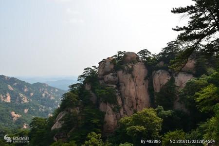 """""""東北明珠""""千山+本溪大峽谷2日游 贈送千山佳泰溫泉"""