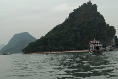 南宁到越南纯玩4日游(下龙、天堂岛、月亮湖、迷宫仙境、河内)