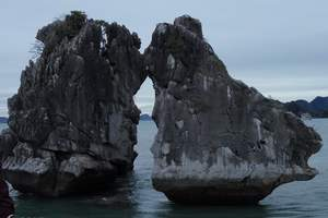 北海到越南旅游团:下龙湾、河内四天三晚游