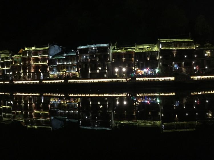 你看过这么全的重庆夜景吗?重庆最美夜景打卡地_重庆旅游攻略