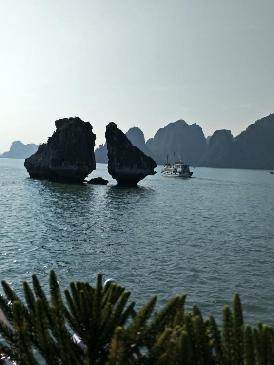笑夕阳--南宁 越南 老挝 缅甸 西双版纳跨国专列15日游