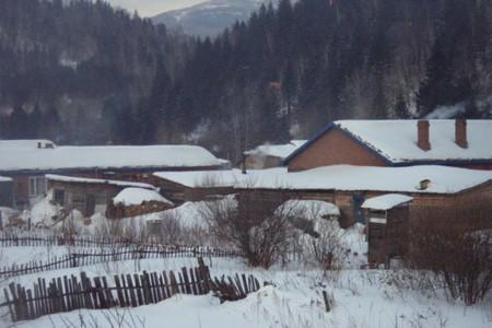 哈尔滨、亚布力雪地温泉、摩托、马拉爬犁、野雪穿越、冬捕5日游