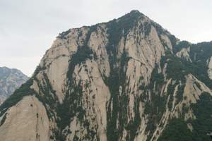 西安出发 华山含北峰往返索道及进山车明城墙两天一晚跟团游