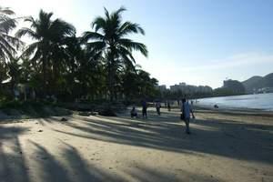 西安到三亚南湾猴岛、椰田古寨、大东海双飞6日游