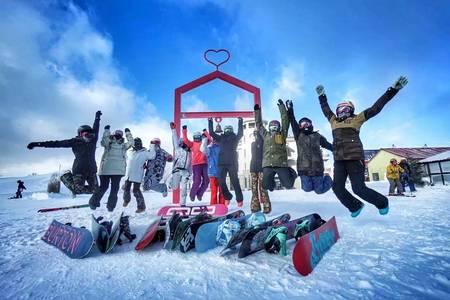 哈尔滨到亚布力滑雪-雪乡豪华纯玩三日游-雪乡纯玩(一价全包)