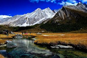 四川九寨沟景区停业整修 稻城亚丁等藏区线路游客量增长