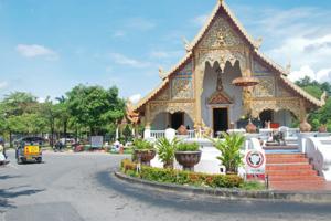 泰国清迈发生水灾 40多名中国游客被困已安全转移
