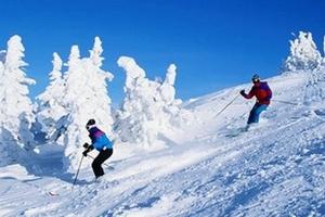 爱马仕冬季滑雪1日游、400米雪圈、一价全含顶尖ELAN雪板