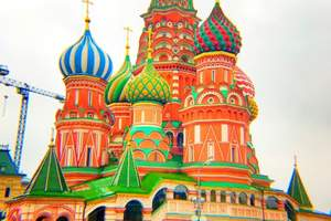 俄罗斯双首都+小镇8 天探索之旅(郑州直飞,双飞双卧)
