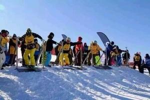 天津到蓟洲国际滑雪场冰雪大世界旅游团-蓟洲国际滑雪场一日游