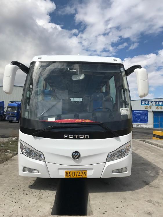 新疆大巴车旅游包车、乌鲁木齐大巴租赁少钱一天