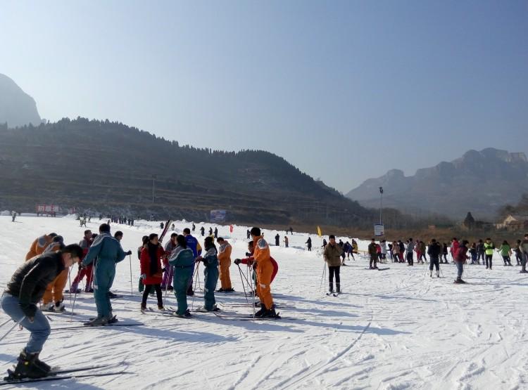济南卧虎山滑雪场优惠自驾票