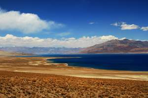 西藏阿里班公湖
